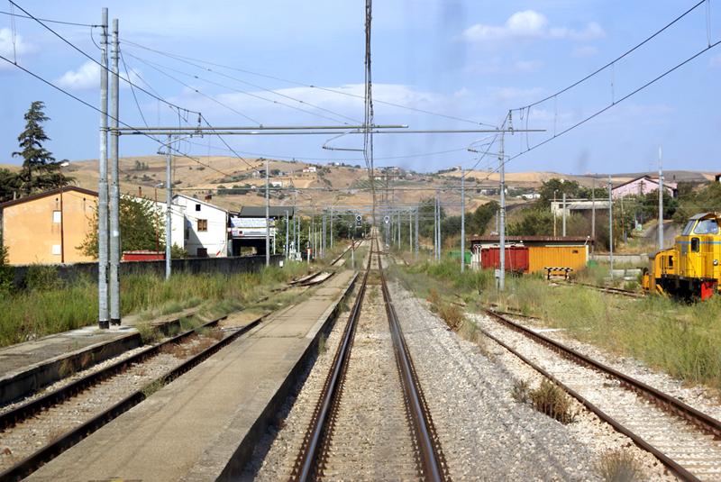 Linea ferroviaria