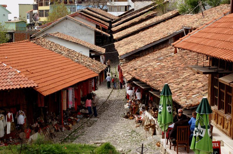 Albania, Kruja, botteghe di artigiani