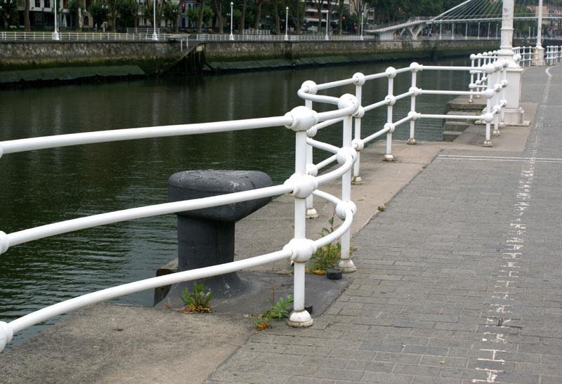 Bilbao, Paseo Uribitarte
