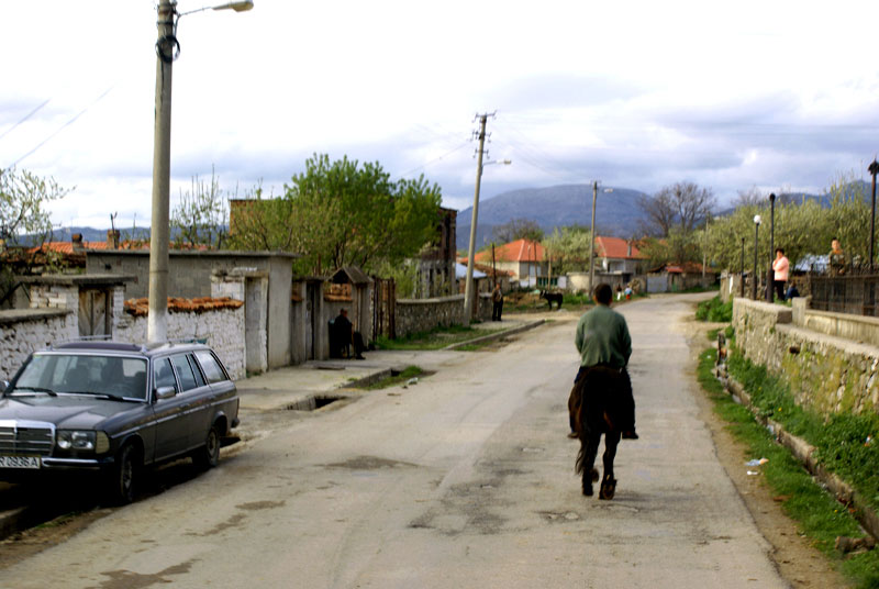 Albania, strada per Korce