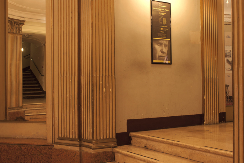 Teatro Piccinni, foyer