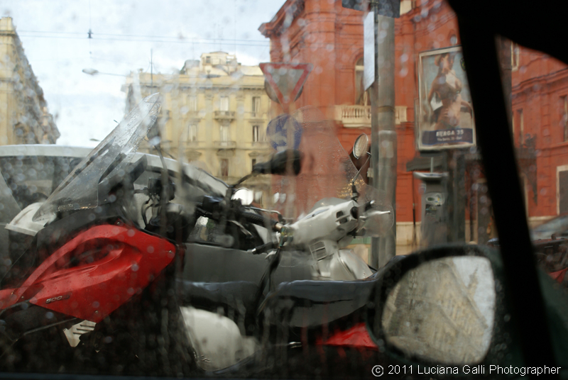 Bari, pioggia sul Petruzzelli, 2011