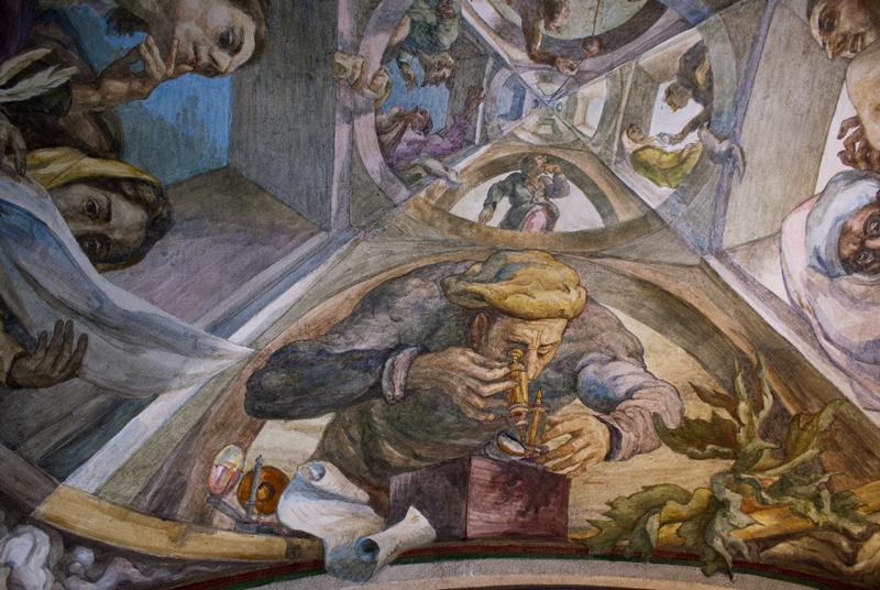 Libreria dell'Università Littera a Vilnius,  ciclo di affreschi sull'attività dell'uomo di Antanas Kmieliauskas